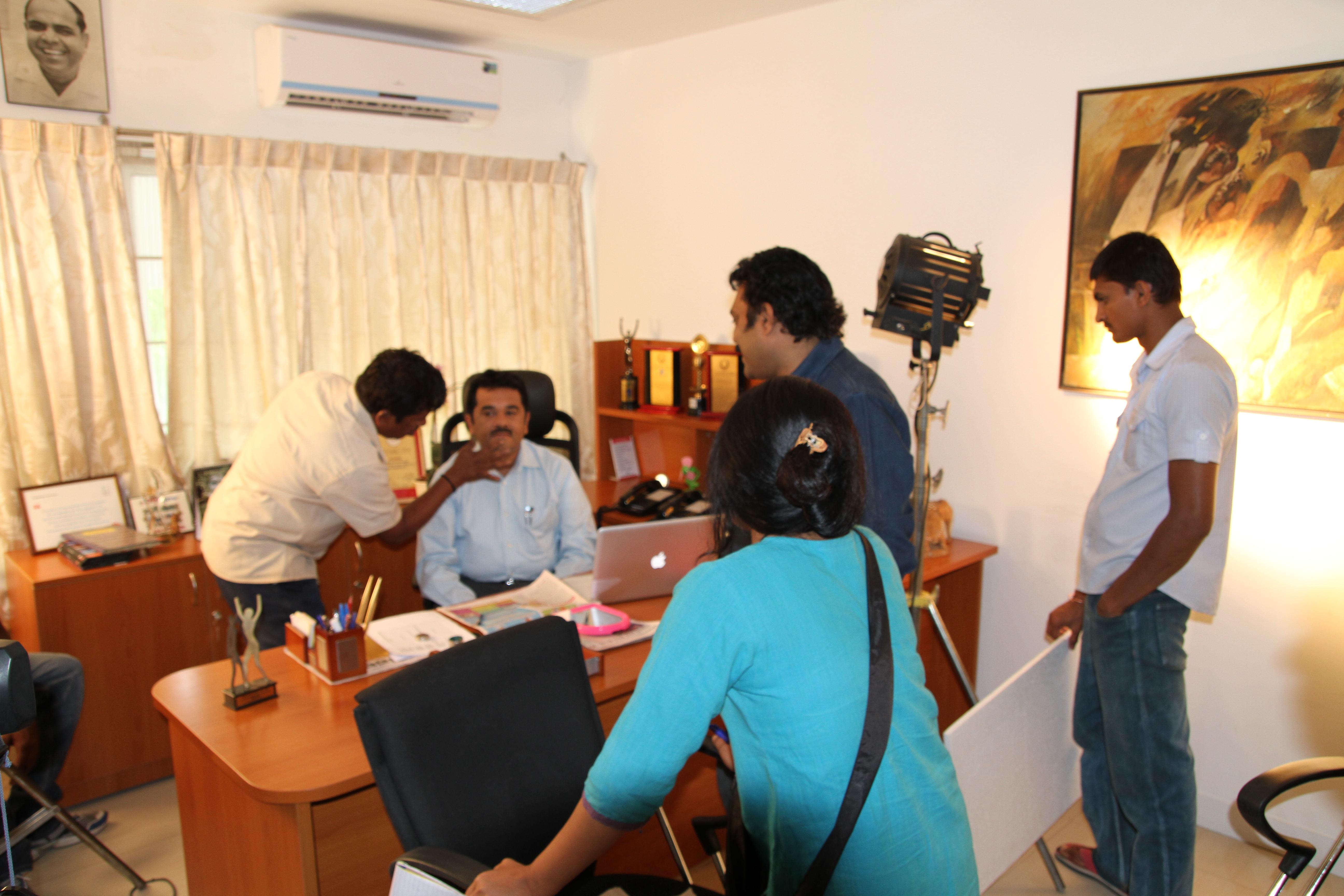 churumuriVishweshwar Bhat is now Suvarna News editorchurumuri
