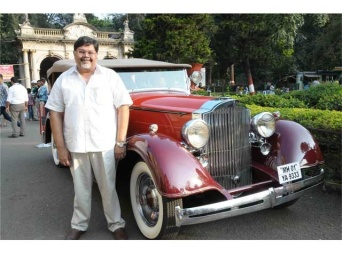 mr-vivek-goenka-cmd-indian-express-group-with-his-1934-packard-tourer-at-cartier-travel-with-style-preview-photo-18_640x480